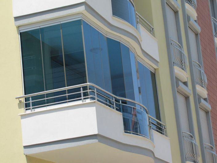 borankaya insaat gaziemir krom balkon korkulugu